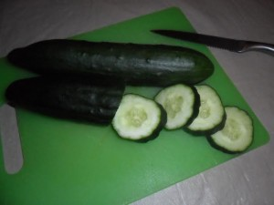 Using Cucumbers for moisturizer